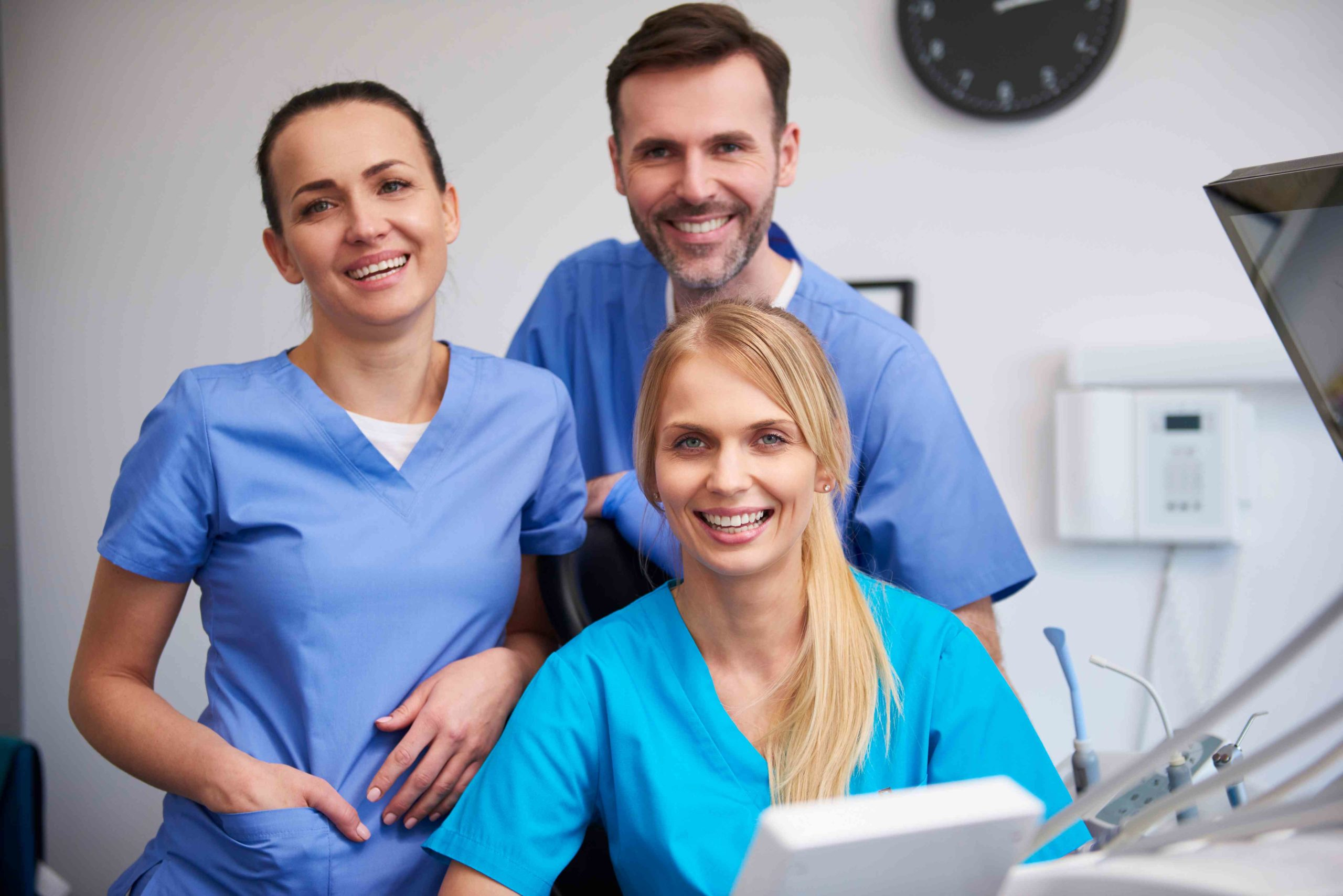 Read more about the article What Is The Difference Between An Orthodontist And A Dentist?